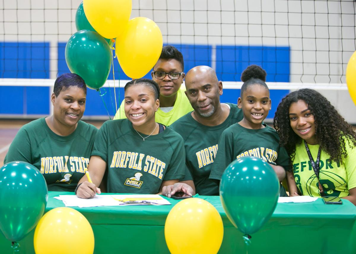 Symone Thomas signs letter of intent for Volleyball