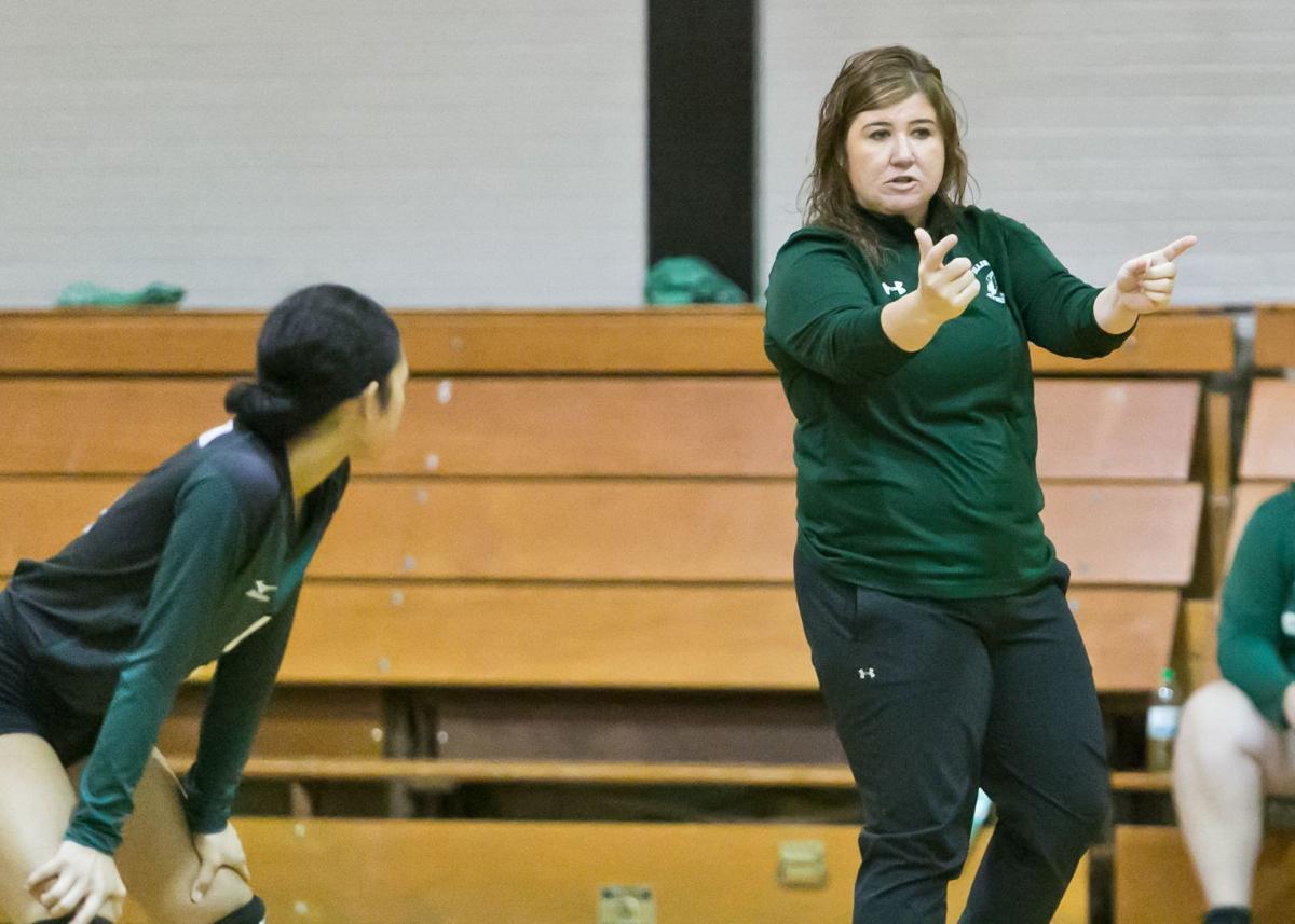 Ellison vs. McGregor Volleyball @ Gatesville Invitational1