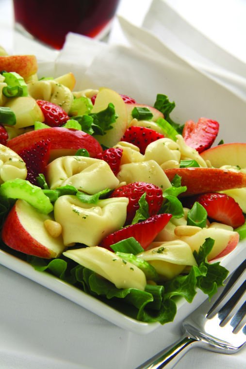 Apple tortellini salad