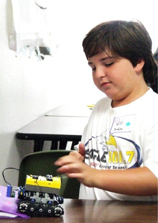 WALL-E world: Summer camp teaches robotics