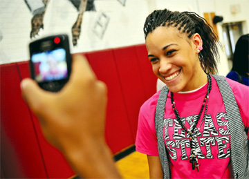 Roos forward signs with Texas State