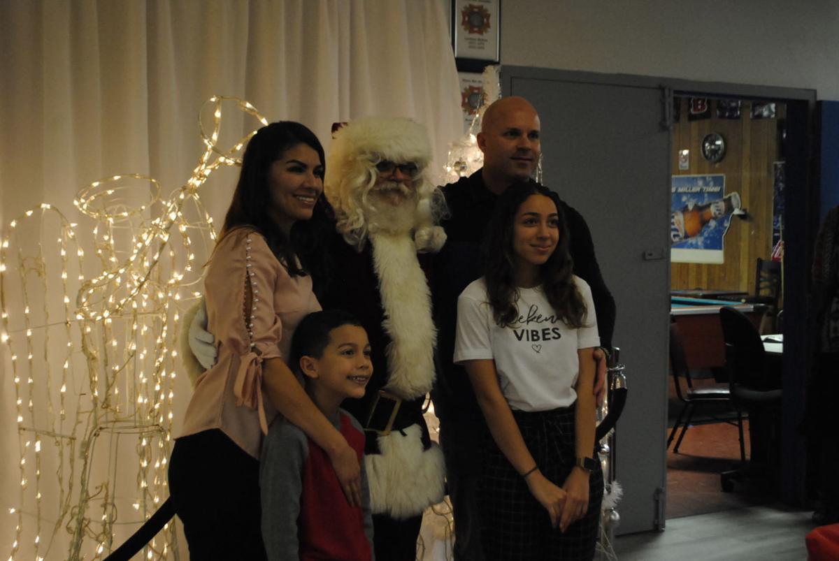 VFW Christmas 1.JPG