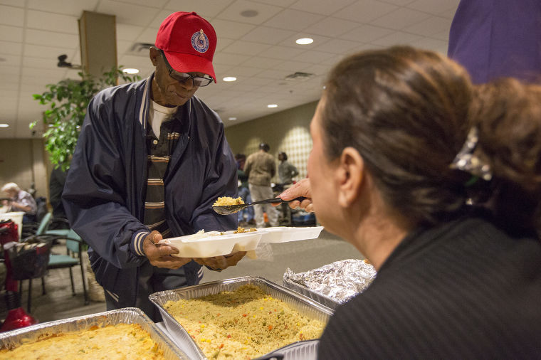 VA feeds homeless veterans