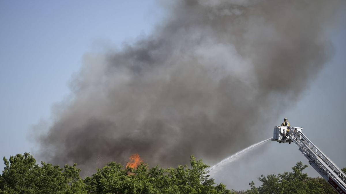 More smoke seen Tuesday morning at abandoned house fire near Killeen High School