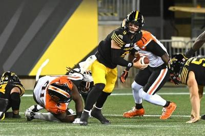 Banks' late TD grab rallies Hamilton Tiger-Cats past B.C. Lions 35-34