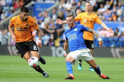 Maguire's United routs Chelsea in EPL opener; Arsenal wins