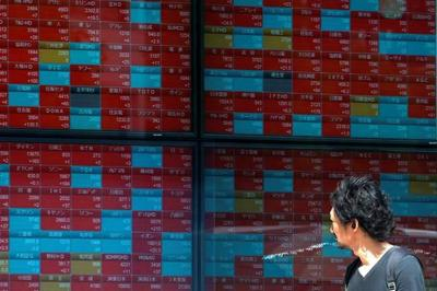 Asian shares rise on US plan to delay some China tariffs