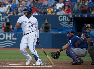 Grichuk back in the swing of things as Blue Jays overpower Rangers 3-0