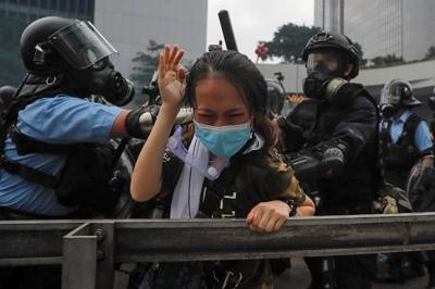 Hong Kong protesters vow to keep fighting extradition law