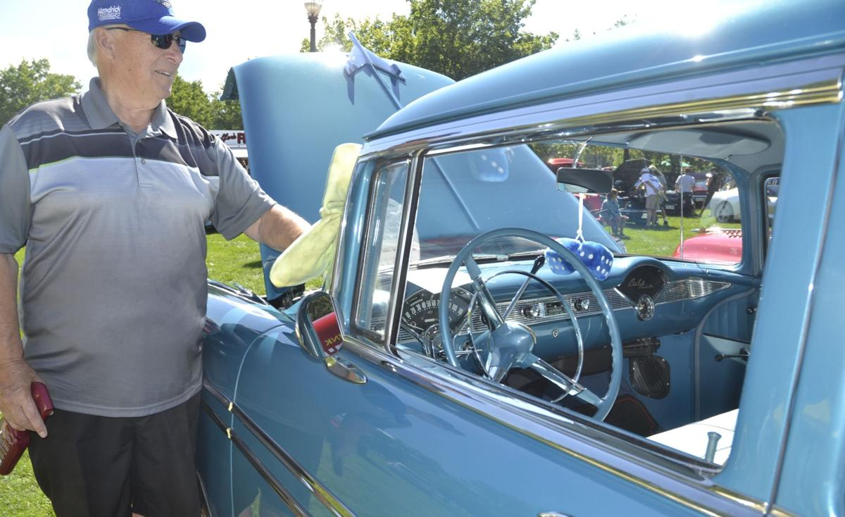Hundreds Of Cars On Display For Fathers Day News - Car show display mirrors