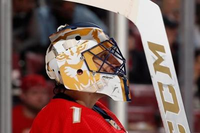 Panthers to retire goalie Roberto Luongo's number in March