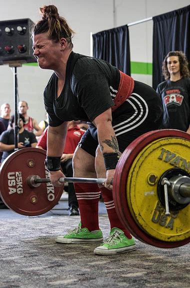 Susan Knight powerlifting