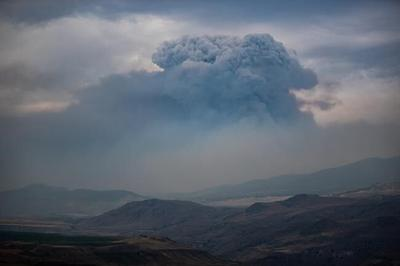 B.C. welcomes 100 firefighters from Mexico to help fight raging wildfires