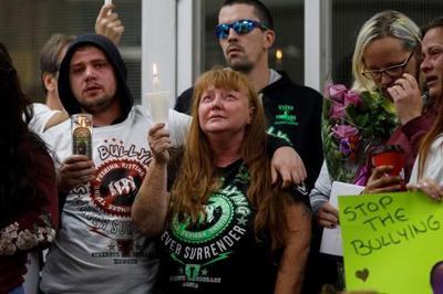 Mother of slain Hamilton teen says 'everyone' failed her son