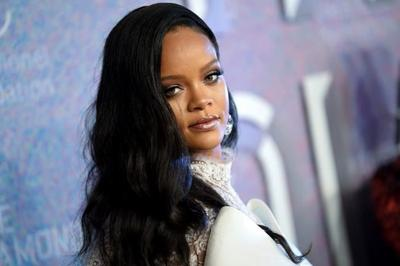 Rihanna to launch groundbreaking new fashion label with LVMH