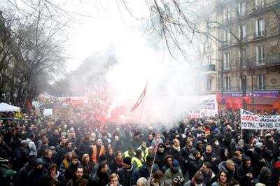 France sees more nationwide protests of pension changes