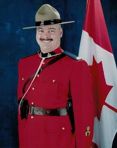 RCMP: Mountie who died in Winnipeg crash was father of three and hockey volunteer
