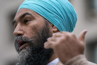 Jagmeet Singh apologizes to B.C. chiefs after three major party leaders miss AGM