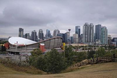 Calgary bucks trend of rising home prices in second quarter, says StatCan report