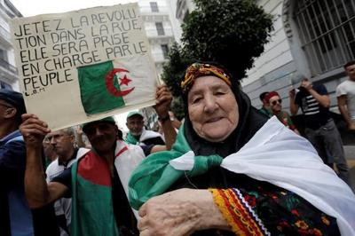 Algeria announces Dec. 12 for presidential election