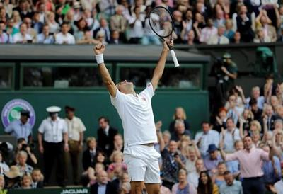 11 years after epic, Federer tops Nadal in Wimbledon semis