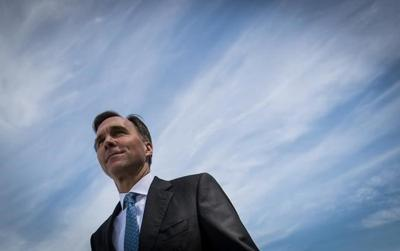 To hit environment goals, feds should create 'super' tax credit, report says