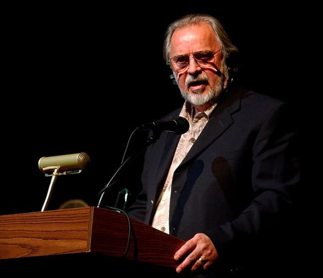 """Bill Wittliff, """"Lonesome Dove"""" co-screenwriter, dies at 79"""