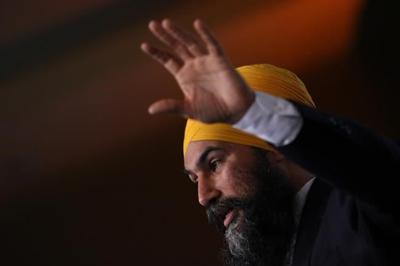 From fourth place, Singh says he'd rather push Liberals than work with Tories