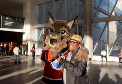 Hunter The Canadian Lynx Unveiled As First Mascot In Edmonton Olier History National Sports Kelownadailycourier Ca