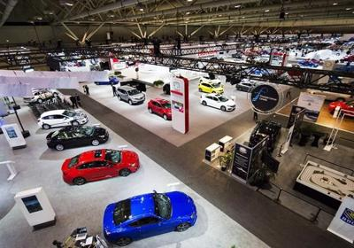 DesRosiers says auto sales flat in November but still down for the year