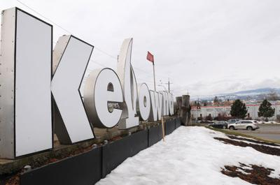 Kelowna welcome sign coming down for highway project | News