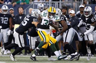 Raiders beat Packers in Winnipeg on reconfigured 80-yard field