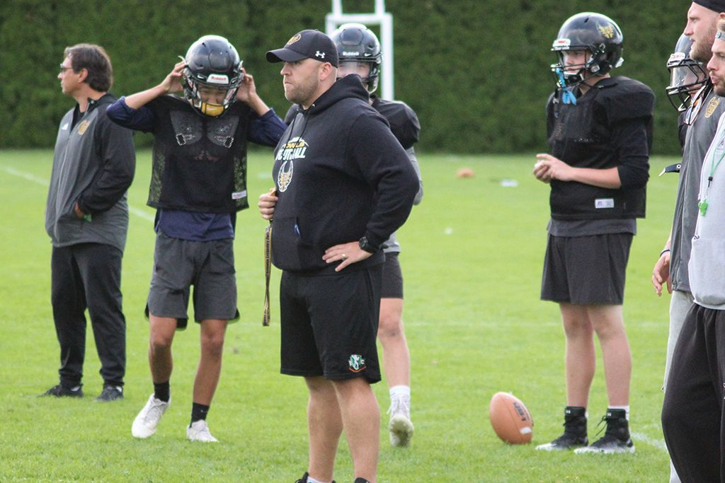 Coach Cartwright