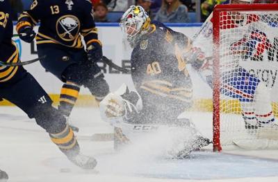 Johansson scores 1:30 into OT; Sabres beat Canadiens 5-4