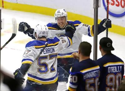 Perron lifts Blues over Senators 6-4; Ottawa starts season with three losses
