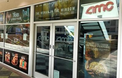 AMC, Universal agree to shrink theatrical window to 17 days