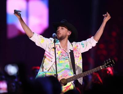 Storm pushes Brett Kissel off the bill, but Garth Brooks brings him on for duet