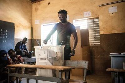 Burkina Faso votes amid ongoing extremist violence, threats