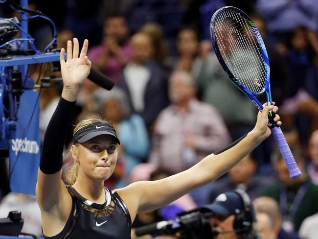 Sharapova swats away Wozniacki's US Open court complaint