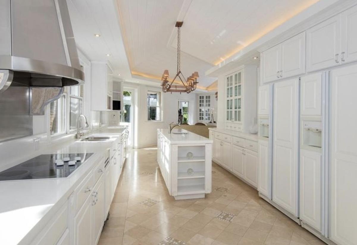 Gloria and Emilio Estefan sell Star Island home for $35 million