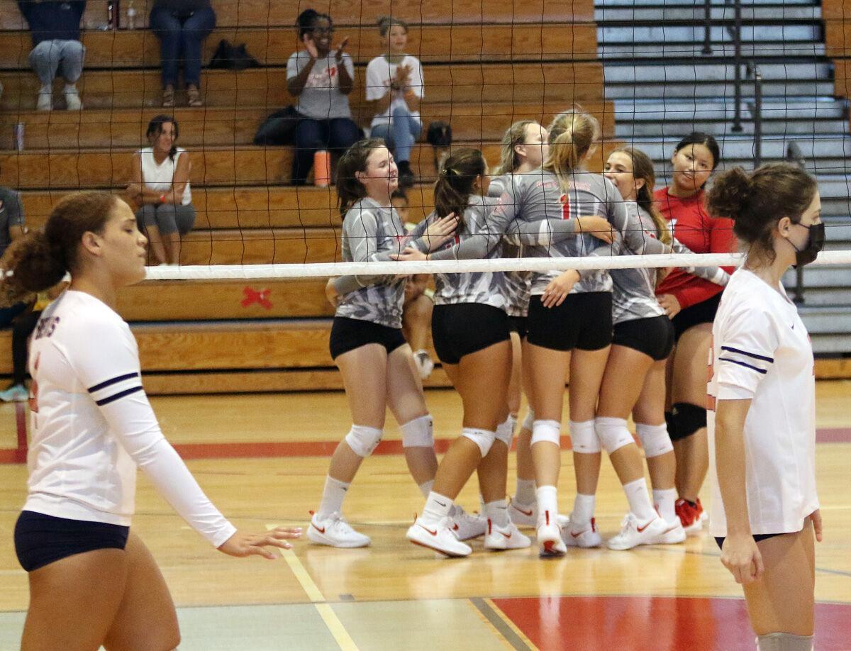 prep volleyball conchs celebrate win.jpg