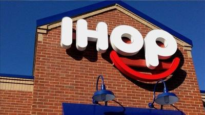 IHOP server tells black teenagers to pay up before they eat