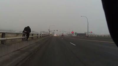 Caught on camera: Moses Lake officer saves suicidal man