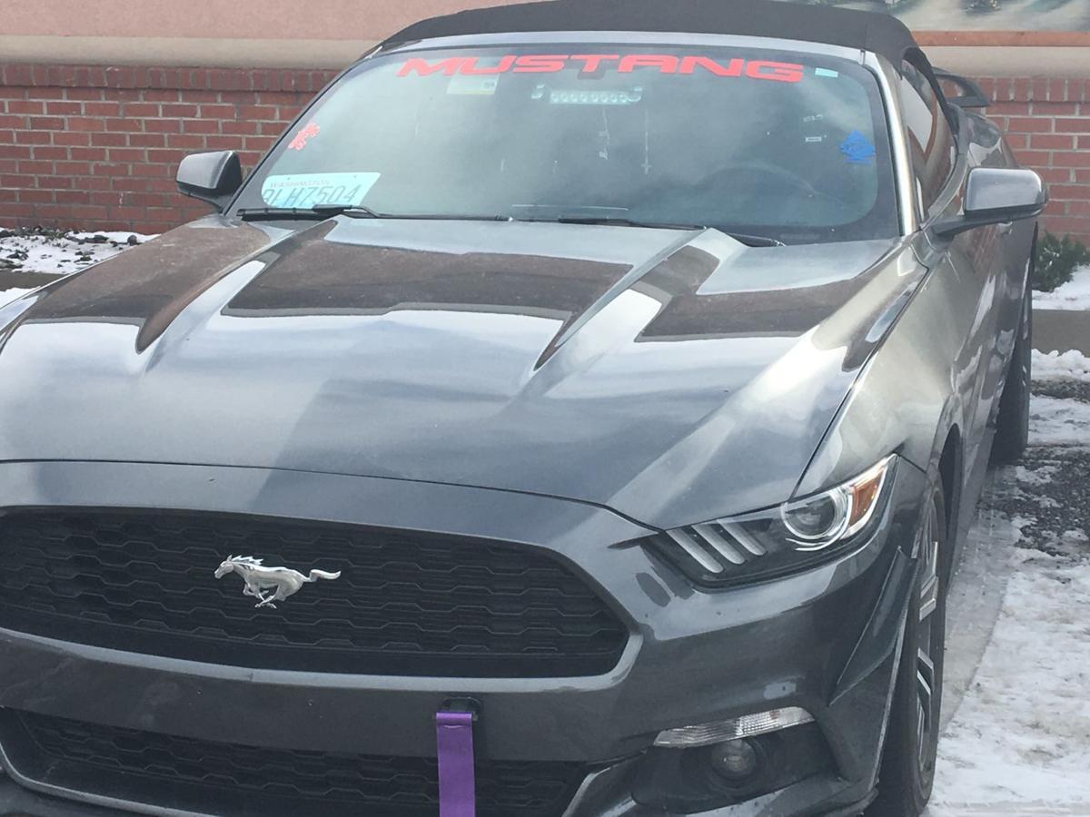 Mattawa Police Warn Of Mustang With Red Blue Flashing Lights News