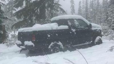 Searchers locate missing elk hunter