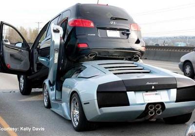 Lamborghini and mini-van collide near Seattle