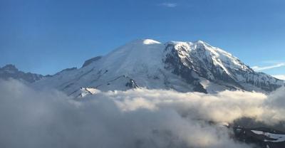 Overdue hiker, 76, found dead in Mount Rainier National Park
