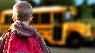 Fake school bus tries to pick up students in Michigan neighborhoods