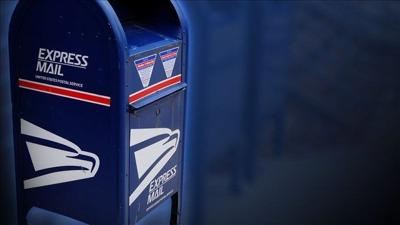 Officials say postal worker hoarded over 17K pieces of mail