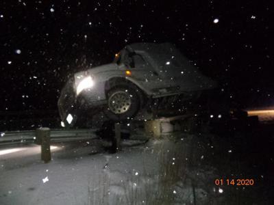 Ellensburg I-90 wb closure crash